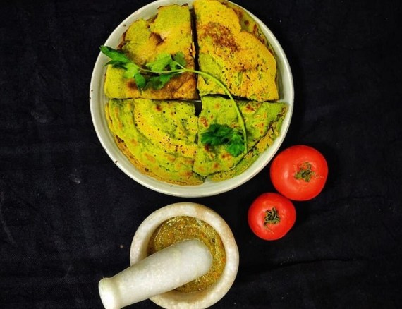 Moong Dal Cheela/Pesarattu