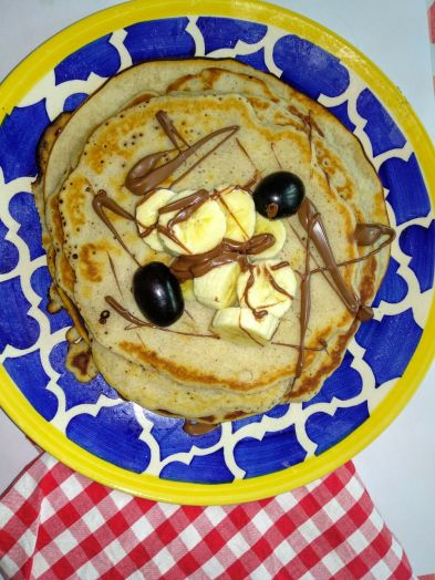 Eggless Cinnamon Pancakes with Banana and Chocolate Sauce