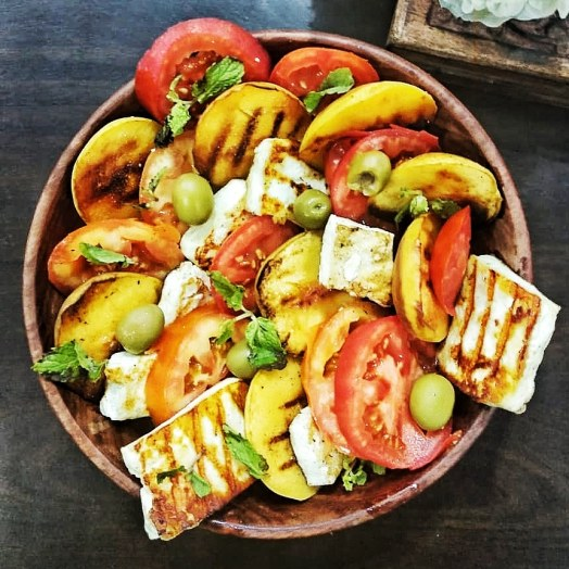 Peach-Tomato-Cheese Caprese Salad